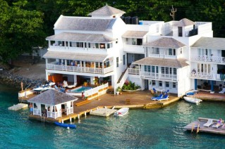 Resorts in Manchoniel (Portland) Port Morant (Saint Thomas)